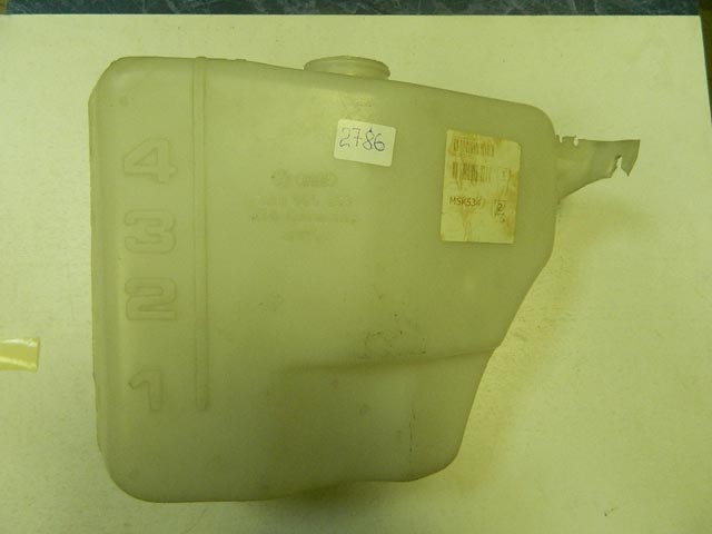 Бачок омывателя VAG VW PASSAT B3 оригинал 3A0955453B (3A0955453)