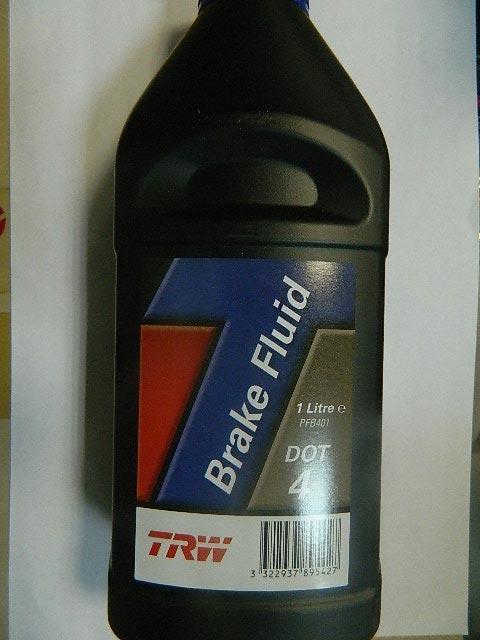 Жидкость тормозная DOT4 1L TRW PFB401